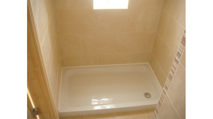 Complete Bathroom Solutions shower tray in ensuite